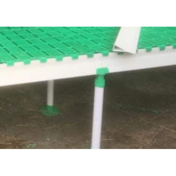 Plastic legs for Fibreglass beams