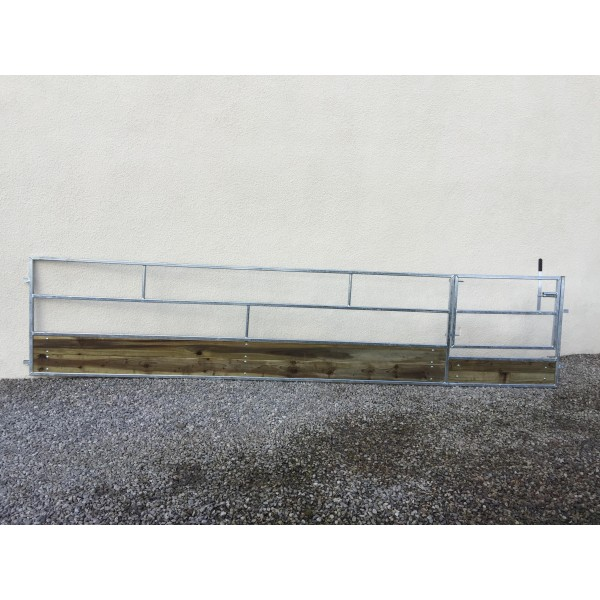 15ft Economy Sheep Feed Barrier with Gate
